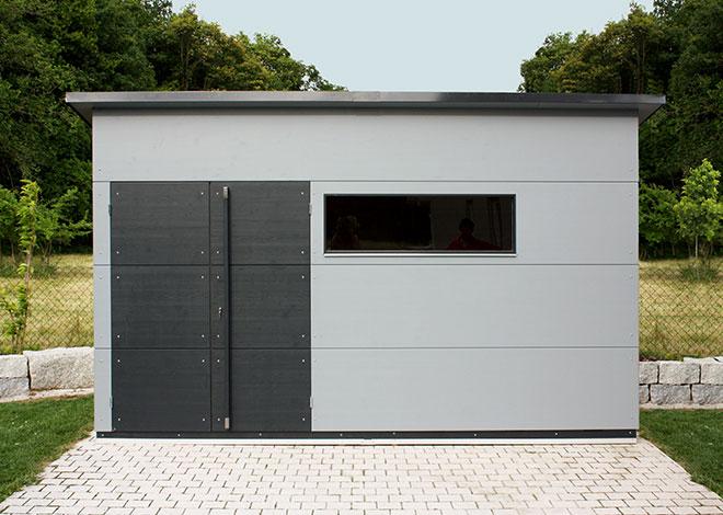 Gro es holz gartenhaus gartana galerie for Gartenhaus flachdach grau