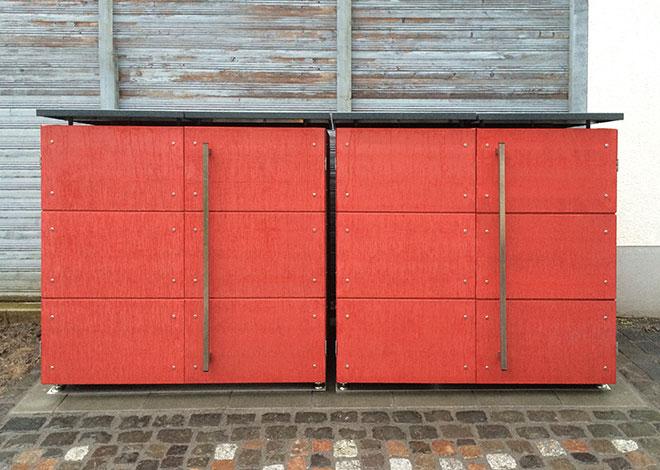 Mülltonnenbox in Rot
