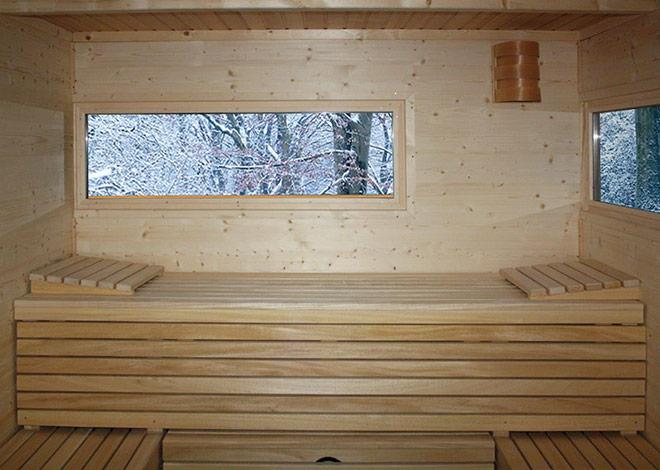 Ausziehbare Saunabänke