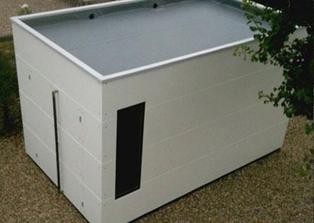 Weißes Gartenhaus XL mit Flachdach