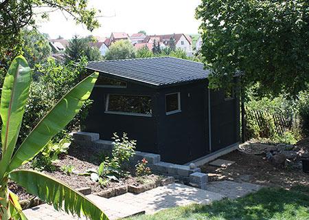 Schwarzes Gartenhaus XL+